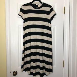 Super cute striped dress Size Medium